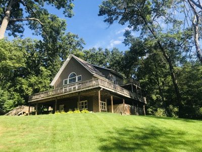 Mount Horeb Single Family Home For Sale: 10811 Clay Hill Rd