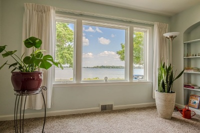 Madison Single Family Home For Sale: 512 West Shore Dr