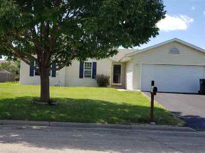 Evansville Single Family Home For Sale: 537 Gold Coast Ln