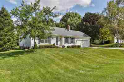 Deforest Single Family Home For Sale: 6230 Fox Run