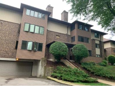 Dane County Condo/Townhouse For Auction: 6 Maple Wood Ln #3