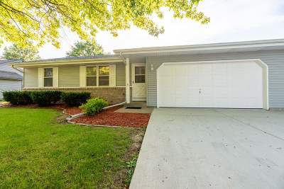 Janesville Single Family Home For Sale: 1039 Sentinel Dr