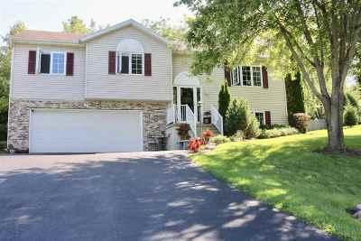 Sun Prairie Single Family Home For Sale: 6910 Moonlight Cir
