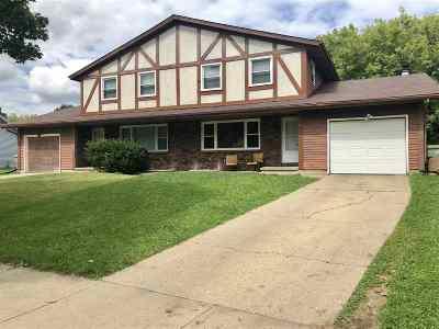 Dane County Multi Family Home For Sale: 6-8 O'brien Ct