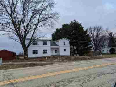 Stoughton Single Family Home For Sale: 3196 County Road A