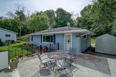 Deforest Single Family Home For Sale: 513 Yahara St