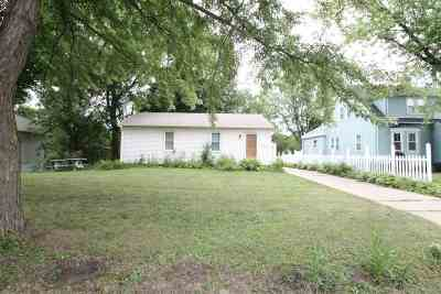 Janesville Single Family Home For Sale: 1502 Frederick St