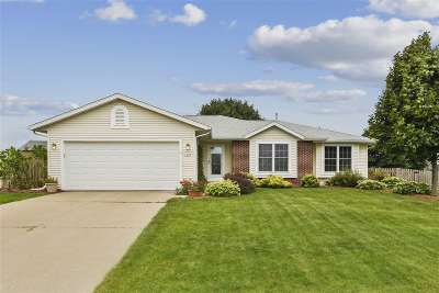 Sun Prairie Single Family Home For Sale: 1357 Broadway Dr
