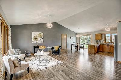 Janesville Single Family Home For Sale: 2210 N Wright Rd