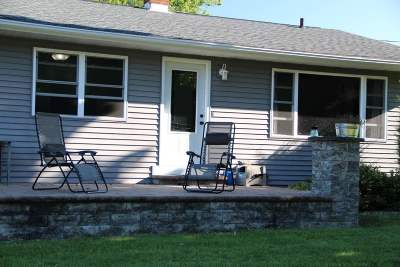 Stoughton Single Family Home For Sale: 2942 County Road A