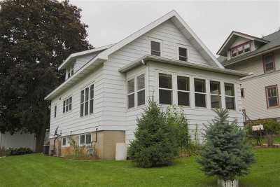 Mount Horeb Single Family Home For Sale: 216 S 1st St