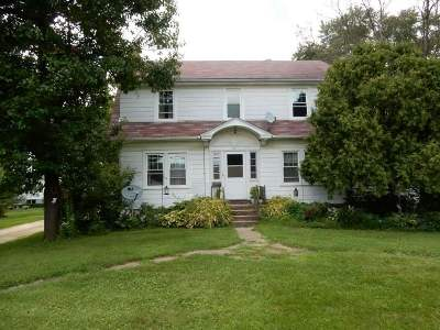Oregon WI Single Family Home For Sale: $370,000