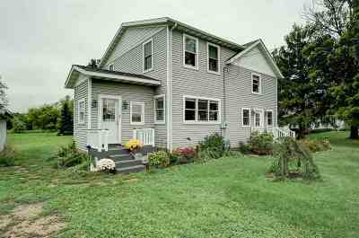 Black Earth WI Single Family Home For Sale: $238,900