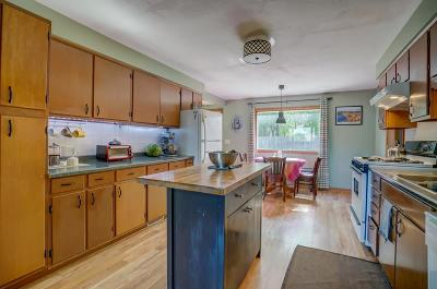 Marshall Single Family Home For Sale: 442 Hubbell St