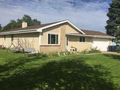 Janesville Single Family Home For Sale: 353 N Crosby Ave