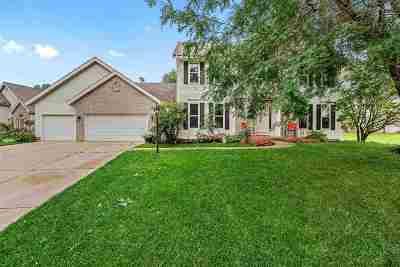 Middleton Single Family Home For Sale: 5803 Sandhill Dr