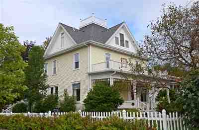 Mount Horeb Single Family Home For Sale: 214 S 8th St