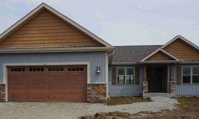 Jefferson County Single Family Home For Sale: 213 Steeple Ct