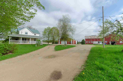 Jefferson County Single Family Home For Sale: W8882 Hwy 12