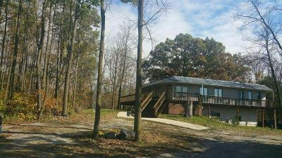 Jefferson County Single Family Home For Sale: N5060 N Helenville Rd