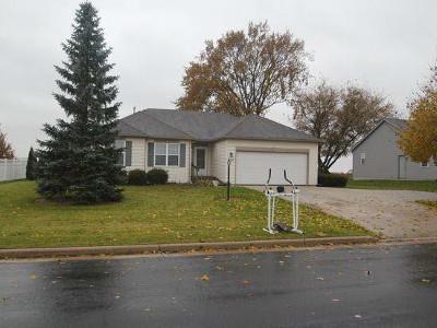 Jefferson County Single Family Home For Sale: W1025 Snowyowl Ln