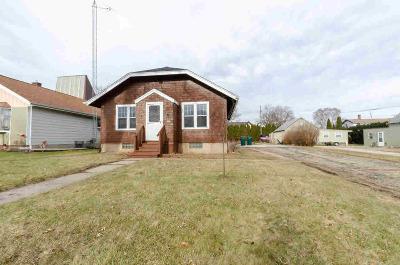 Dodge County Single Family Home For Sale: 816 E Jefferson St