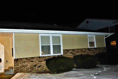 Janesville Condo/Townhouse For Sale: 3714 Stuart St