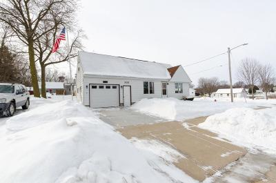 Dodge County Single Family Home For Sale: 303 W Hamilton St