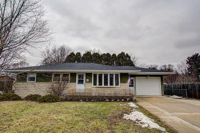 Jefferson County Single Family Home For Sale: 835 Hillside Dr