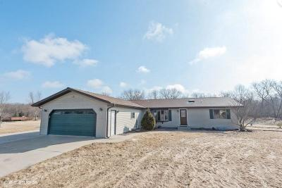 Dodge County Single Family Home For Sale: N6588 Mine Rd