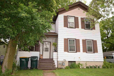 Dodge County Single Family Home For Sale: 472 N Walnut St