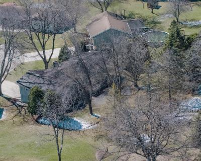 Dodge County Single Family Home For Sale: 414 Blue Wing Cir