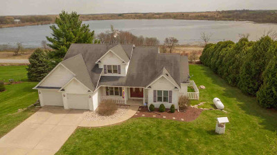 Dodge County Single Family Home For Sale: N842 Lake View Dr