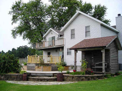 Dodge County Single Family Home For Sale: N2440 Mulvaney Ln