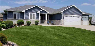 Rock County Single Family Home For Sale: 620 Hillside Ct