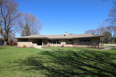 Fond du Lac County Single Family Home For Sale: 6 Elm Acres Dr Drive