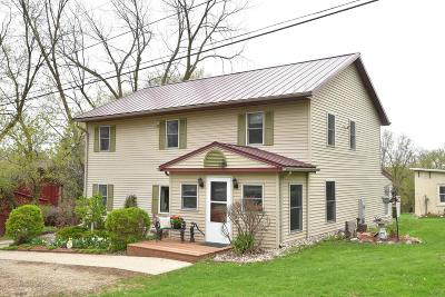 Dodge County Single Family Home For Sale: N4321 County Road R