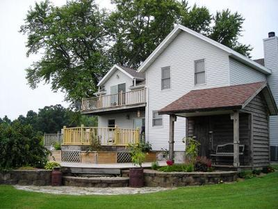 Reeseville WI Single Family Home For Sale: $379,900