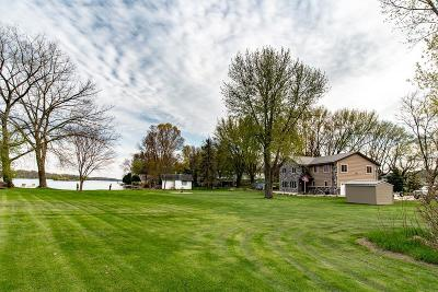 Dodge County Single Family Home For Sale: N5270 Wildcat Rd Road