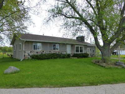 Dodge County Single Family Home For Sale: N6610 Dexter Rd Road