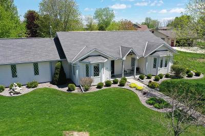Fond du Lac County Single Family Home For Sale: 448 Skyhawk Ave Avenue