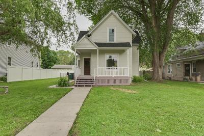 Dodge County Single Family Home For Sale: 210 Declark St Street