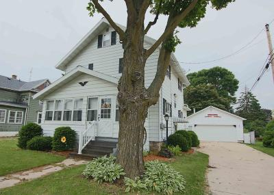 Dodge County Single Family Home For Sale: 105 Wayland St Street