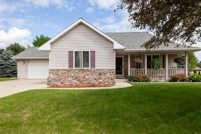 Campbellsport Single Family Home For Sale: 524 Redwing Ct Court