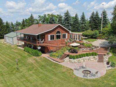 Fond du Lac County Single Family Home For Sale: N3902 Vista Dr Drive