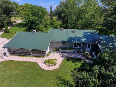 Fond du Lac County Single Family Home For Sale: W9662 Olden Rd Road