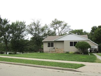 Dodge County Single Family Home For Sale: 754 North Water St Street