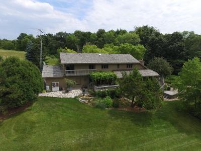 Fond Du Lac Single Family Home For Sale: W4147 Kiekhaefer Pkwy Parkway