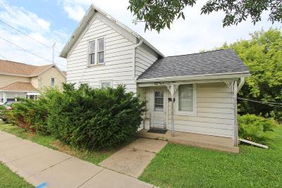 Dodge County Single Family Home For Sale: 818 Madison St Street #818 1/2