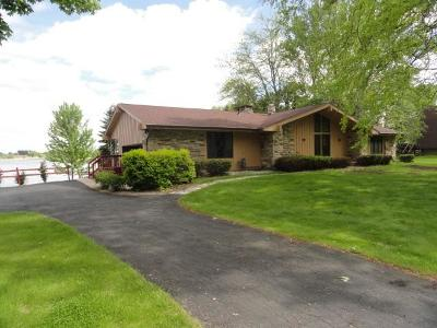 Dodge County Single Family Home For Sale: N10534 Chief Kuno Tr